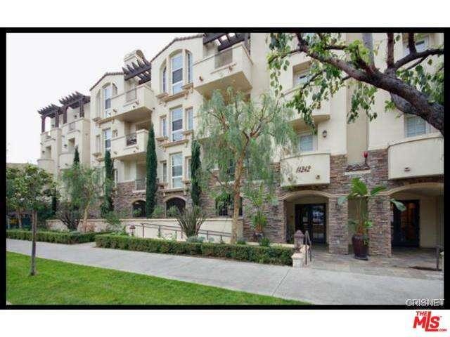 Photo of 14242  BURBANK Boulevard  Sherman Oaks  CA
