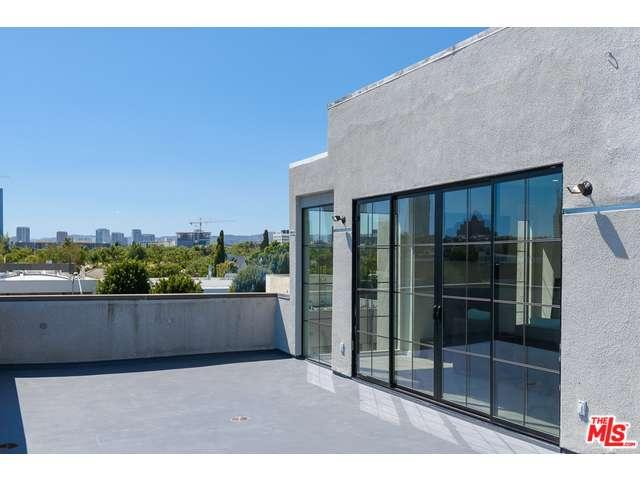 235 South REEVES Drive PH403, Beverly Hills in Los Angeles County, CA 90212 Home for Sale