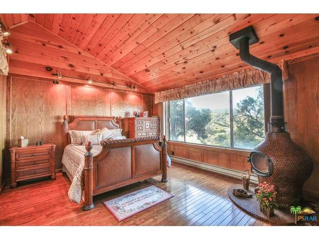 Photo of 60105  SCENIC Drive  Mountain Center  CA