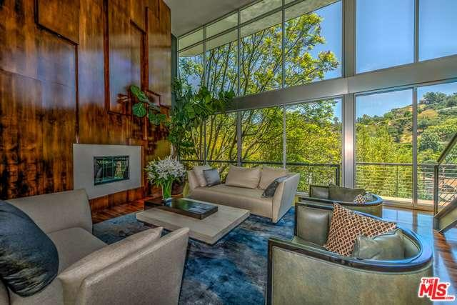 2207  BOWMONT Drive, Beverly Hills in Los Angeles County, CA 90210 Home for Sale