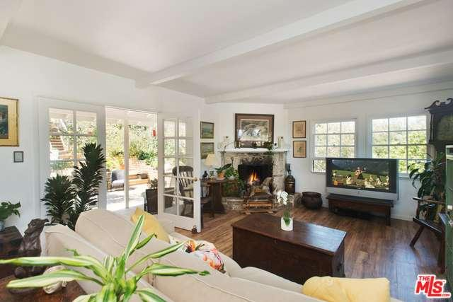 Photo of 627 North MARQUETTE Street  Pacific Palisades  CA