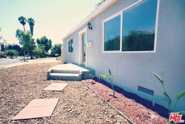 Photo of 8831  NESTLE Avenue  Northridge  CA