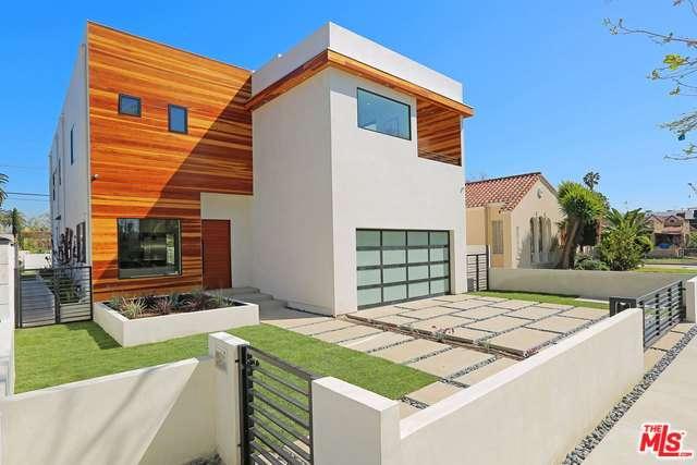 Photo of 458 South SYCAMORE Avenue  Los Angeles City  CA