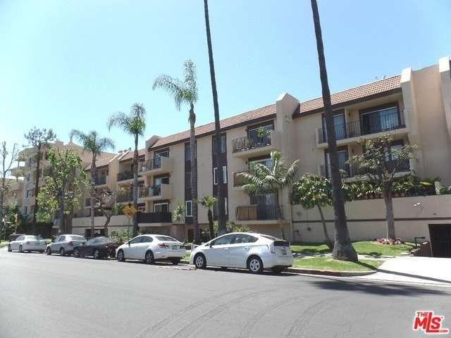 Photo of 433 South MANHATTAN Place  Los Angeles City  CA