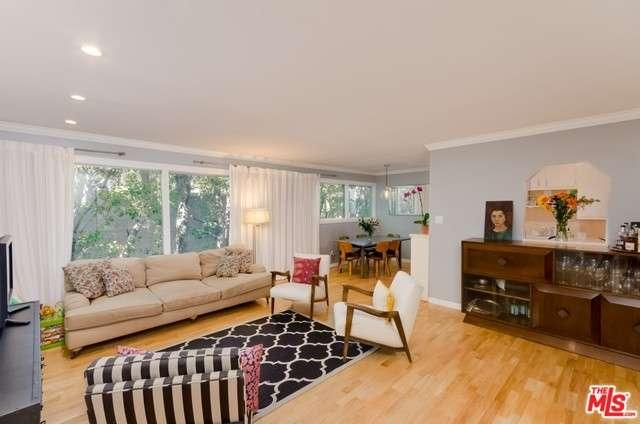 Photo of 960  LARRABEE Street  West Hollywood  CA