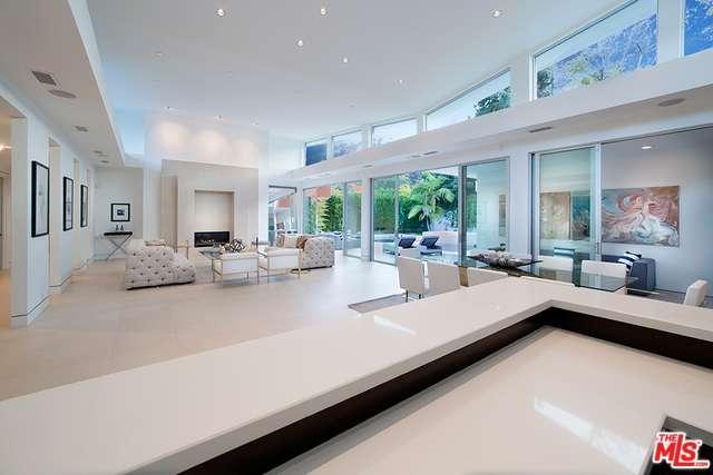 Single Family, Modern - Beverly Hills, CA (photo 3)