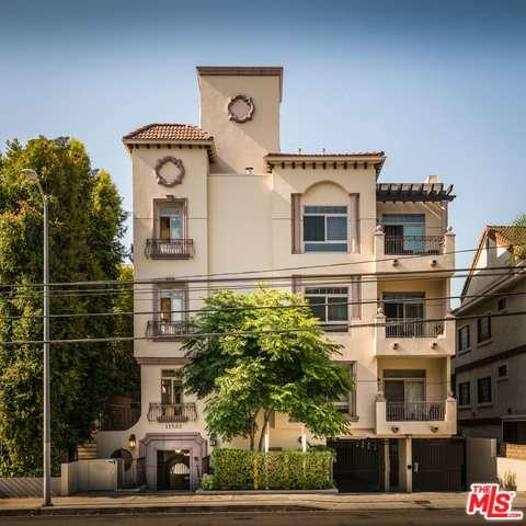 Photo of 11582  MOORPARK Street  Studio City  CA