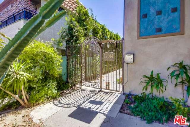 Photo of 12014  KLING Street  Valley Village  CA