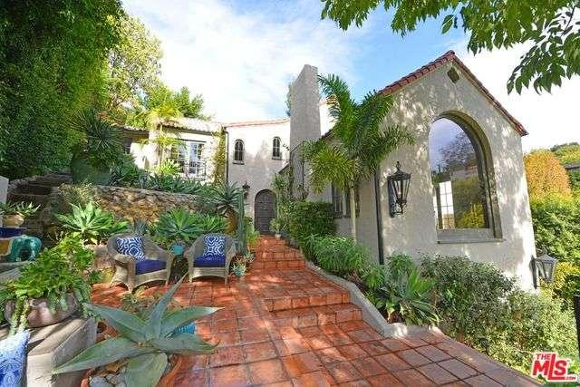 3308 North KNOLL Drive, Hollywood Hills, California