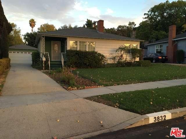 Photo of 3832 South RIDGELEY Drive  Los Angeles City  CA