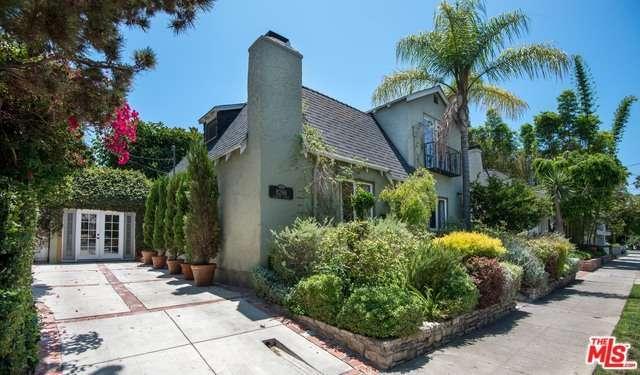 Photo of 8266  CLINTON Street  Los Angeles City  CA