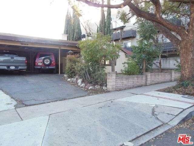 12844 La Maida St, Valley Village, CA 91607