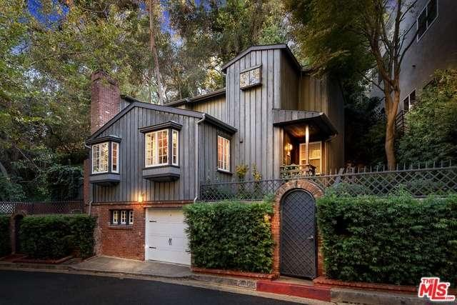 10020 Westwanda Dr, Beverly Hills, CA 90210