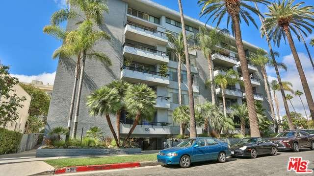 121 S Palm Dr, Beverly Hills, CA 90212