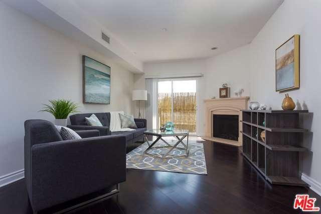 Photo of 4424  WHITSETT Avenue  Studio City  CA