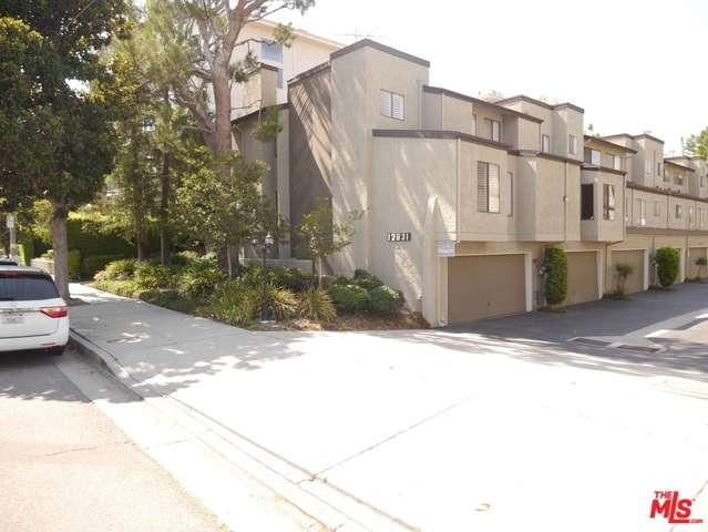 Photo of 12831  MOORPARK Street  Studio City  CA