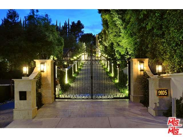 Rental Homes for Rent, ListingId:36784582, location: 9105 HAZEN Drive Beverly Hills 90210