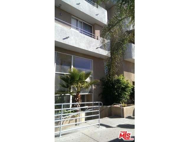 Rental Homes for Rent, ListingId:36838687, location: 1616 North SERRANO Avenue Los Angeles 90027