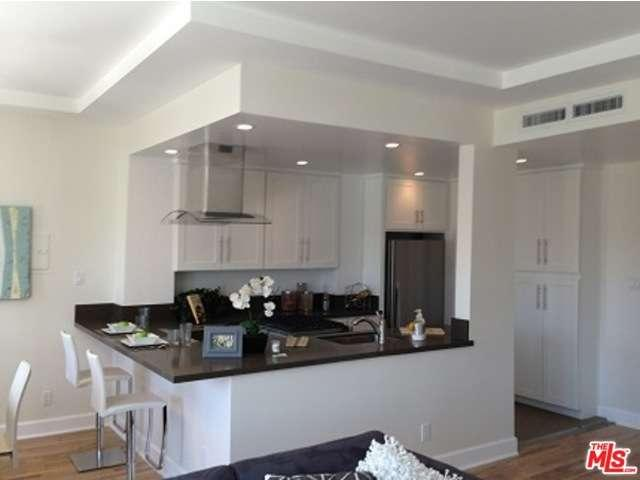 Rental Homes for Rent, ListingId:36855081, location: 620 South ST. ANDREWS PLACE Los Angeles 90005