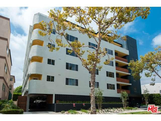Rental Homes for Rent, ListingId:36871425, location: 131 South MAPLE Drive Beverly Hills 90212