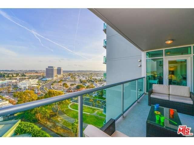 Rental Homes for Rent, ListingId:36968496, location: 13600 MARINA POINTE Drive Marina del Rey 90292