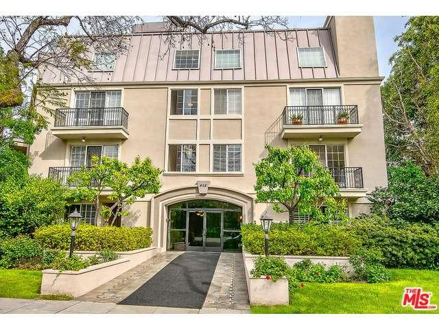 Rental Homes for Rent, ListingId:36984285, location: 458 North OAKHURST Drive Beverly Hills 90210