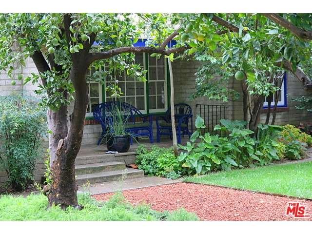Rental Homes for Rent, ListingId:37030809, location: 13510 South ERWIN Street Valley Glen 91401