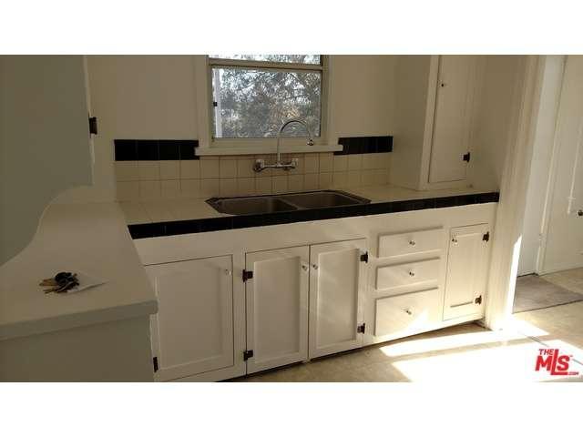 Rental Homes for Rent, ListingId:37056354, location: 1636 South SIERRA BONITA Avenue Los Angeles 90019