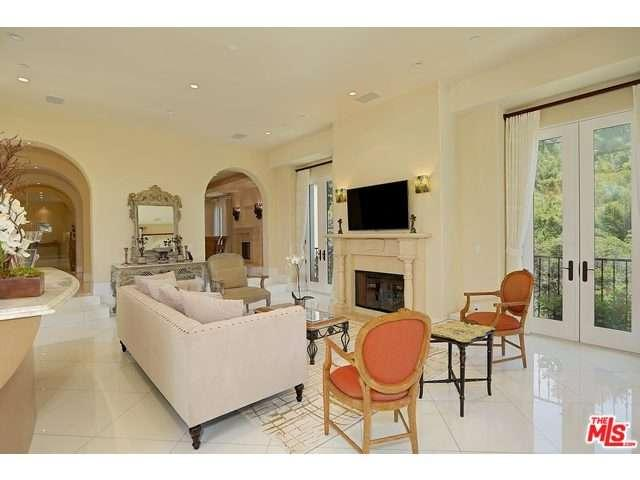 Rental Homes for Rent, ListingId:37056361, location: 1244 ANGELO Drive Beverly Hills 90210