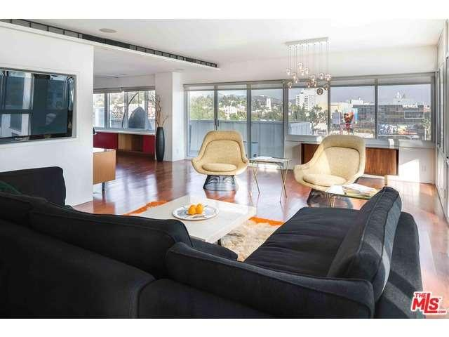 Rental Homes for Rent, ListingId:37144131, location: 7135 HOLLYWOOD Los Angeles 90046