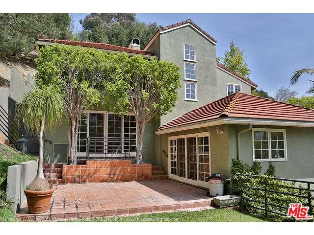 Rental Homes for Rent, ListingId:37143976, location: 941 North NORMAN Place Los Angeles 90049