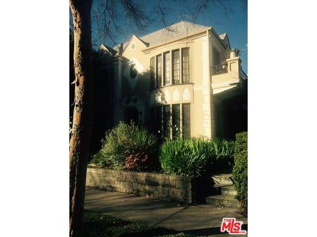 Rental Homes for Rent, ListingId:37178715, location: 149 South CRESCENT Drive Beverly Hills 90212