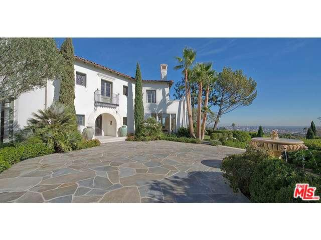 1270  SHADOW HILL Way, Beverly Hills in Los Angeles County, CA 90210 Home for Sale