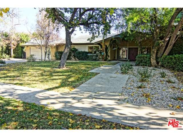 9440  SHOSHONE Avenue, Northridge, California