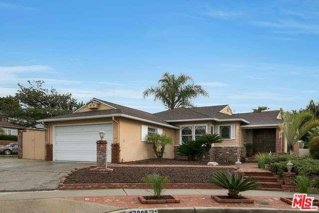 Photo of 13000  PSOMAS Way  Los Angeles City  CA