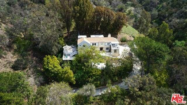 Photo of 2400  BENEDICT CANYON Drive  Beverly Hills  CA