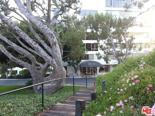 Photo of 17352 West SUNSET Boulevard  Pacific Palisades  CA