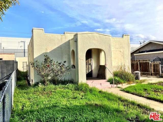 Photo of 4533 East 52ND Place  Maywood  CA