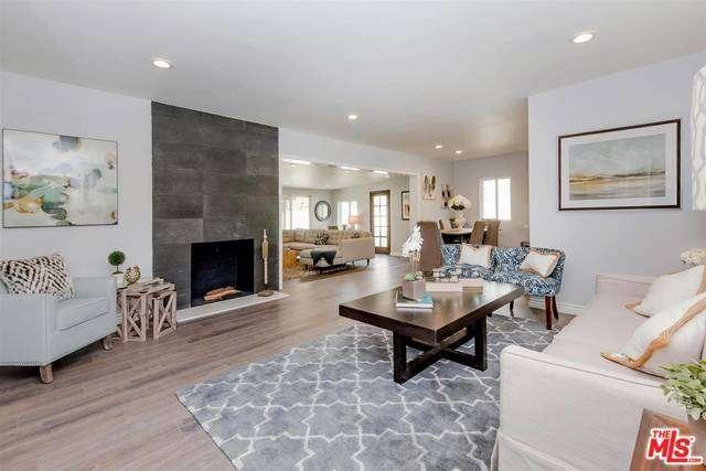 Photo of 6301  BABCOCK Avenue  North Hollywood  CA
