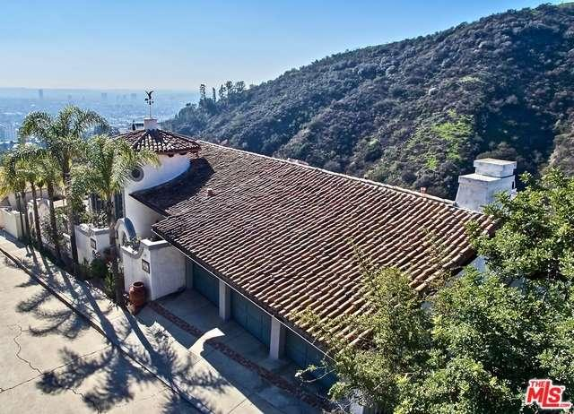 2165  CASTILIAN Drive, Hollywood Hills, California