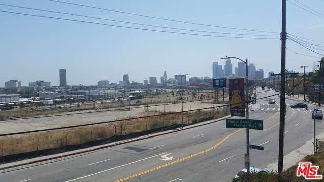 Photo of 1425 North BROADWAY  Los Angeles City  CA