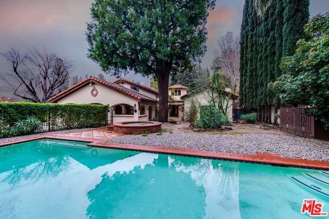 Photo of 5060  VALJEAN Avenue  Encino  CA