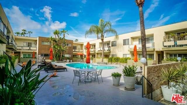Photo of 1233 North LAUREL Avenue  West Hollywood  CA