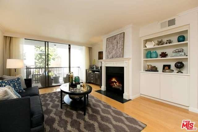Photo of 906 North DOHENY Drive  West Hollywood  CA