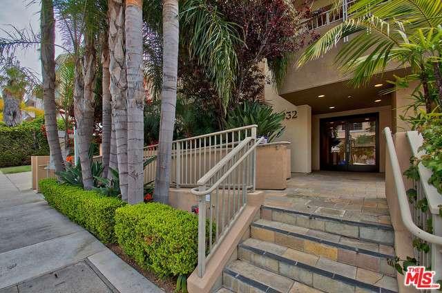 Photo of 11932  GOSHEN Avenue  Los Angeles City  CA