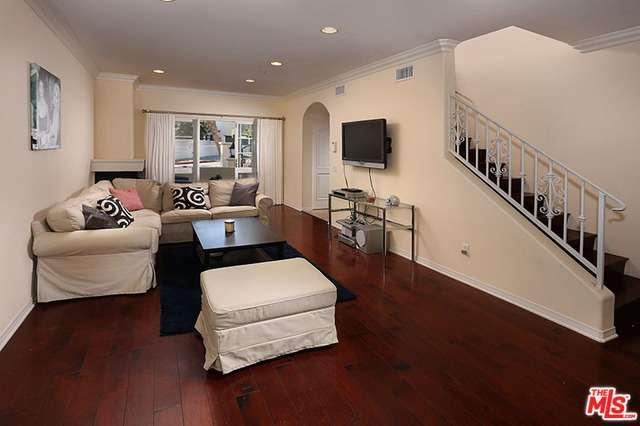 Photo of 851 North SAN VICENTE  West Hollywood  CA