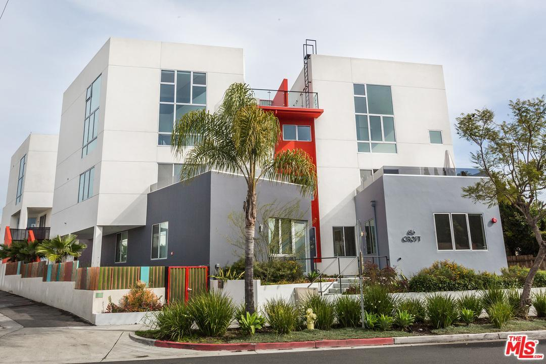 Photo of 616 North CROFT Avenue  West Hollywood  CA