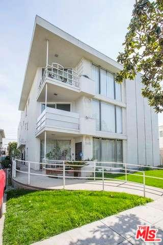 Photo of 248 South DOHENY Drive  Beverly Hills  CA