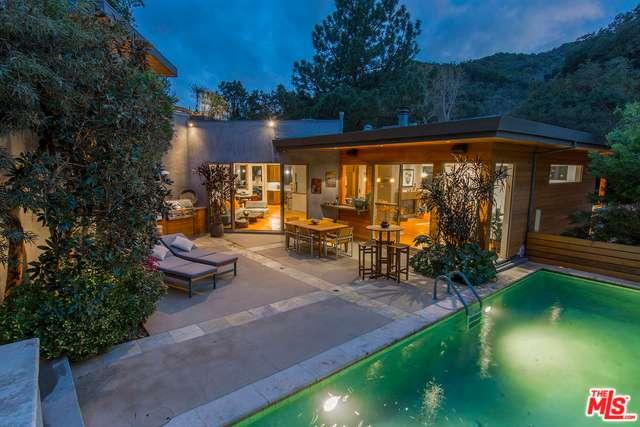 Photo of 2520  BENEDICT CANYON Drive  Beverly Hills  CA