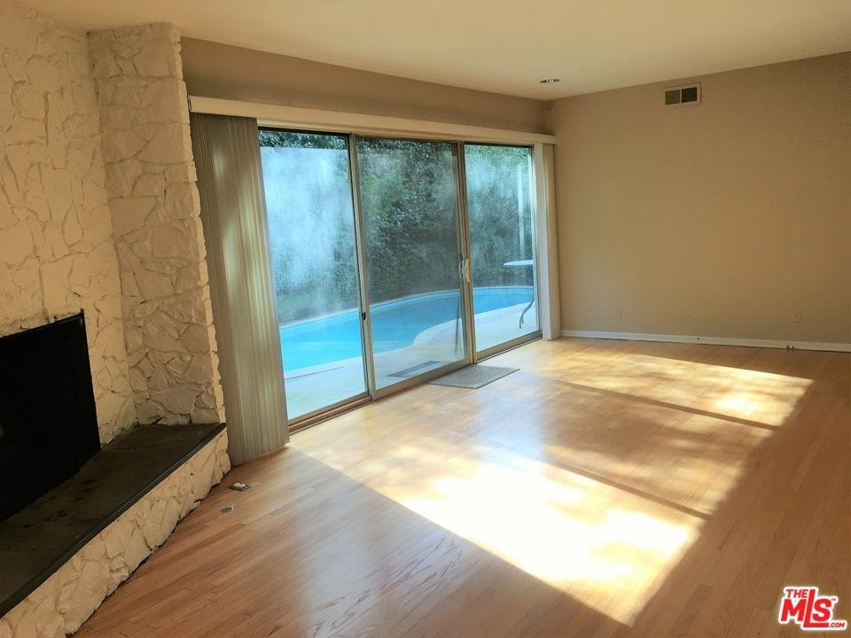Photo of 9454  HIDDEN VALLEY Place  Beverly Hills  CA